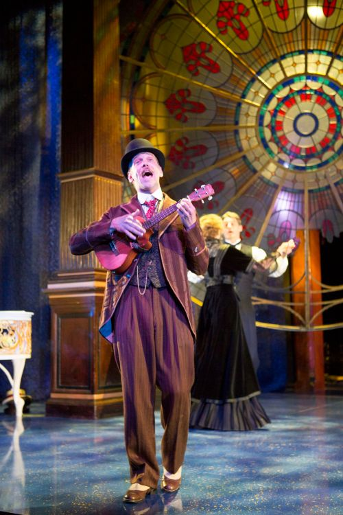 Louis Butelli as Feste in Folger's TWELFTH NIGHT. Photo by Scott Suchman.