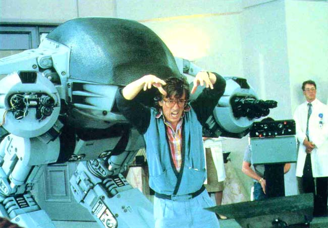 """Paul Verhoeven gives ED-209 his motivation on the set of """"RoboCop,"""" 1986."""