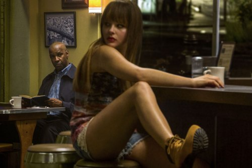 Denzel Washington & Chloe Moretz in THE EQUALIZER.