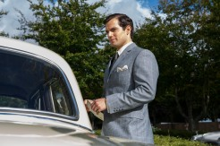 "Henry Cavill as Napoleon Solo in ""The Man from U.N.C.L.E."" (Daniel Smith/Warner Bros.)"