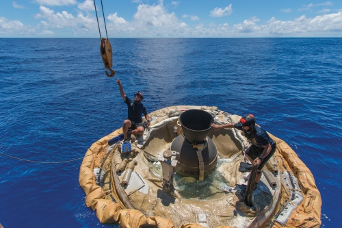 A crew recovers the Low Density Supersonic Decelerator test vehicle from the Pacific after LDSD's second atmospheric test, June 2015.