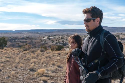 Benicio Del Toro;Isabela Moner